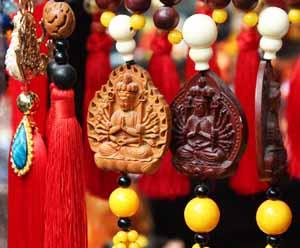 guan yin avalokiteshvara bodhisattva   buddha world